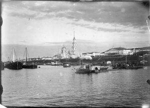 Вид города со стороны Волги