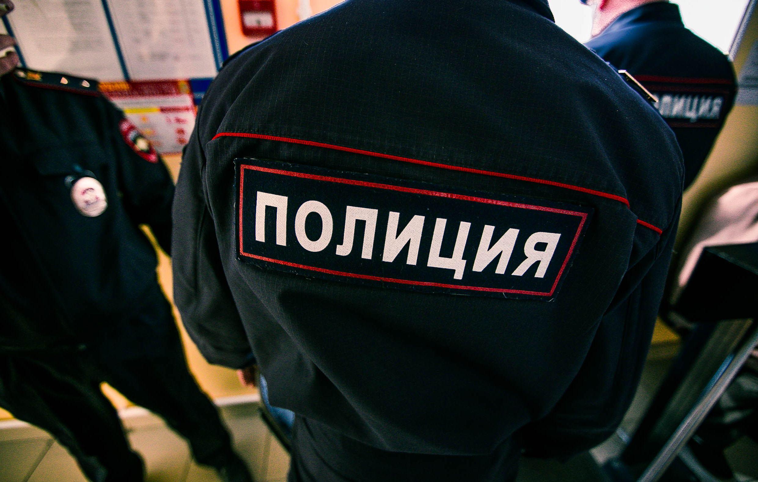 ВКабардино-Балкарии полицейские заставили мужчину собирать коноплю