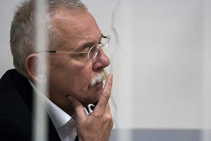 Экс-глава Карелии Нелидов останется под стражей доконца года
