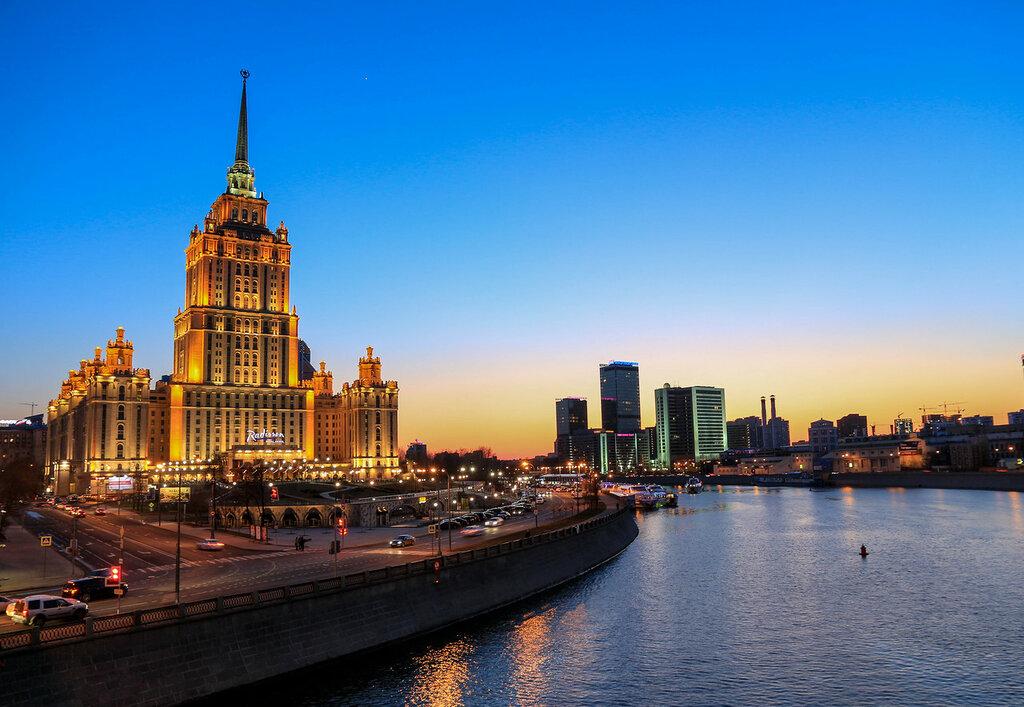 Гостиницы Украина