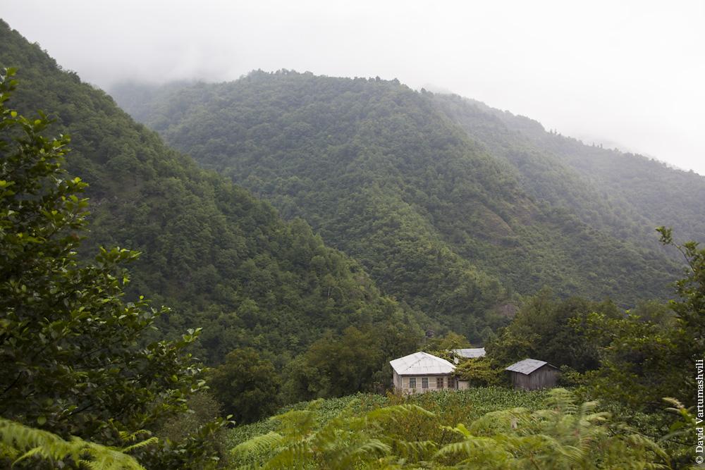 Ущелье реки Мачахела, Чхутунети