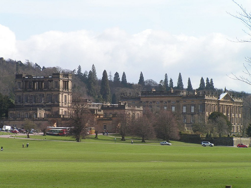 1024px-View_of_Chatsworth_House,_England.jpg