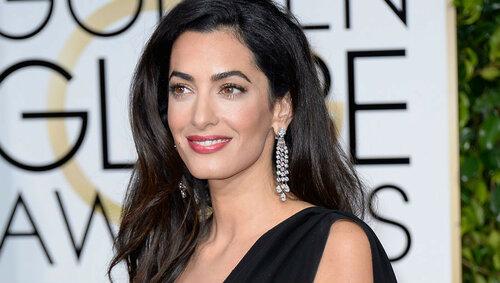 Жена Джорджа Клуни Амаль встречается с фанатами за деньги