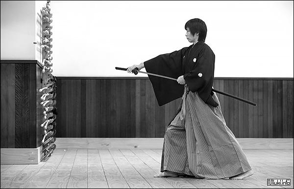 Иайдо — искусство мгновенного удара катаной