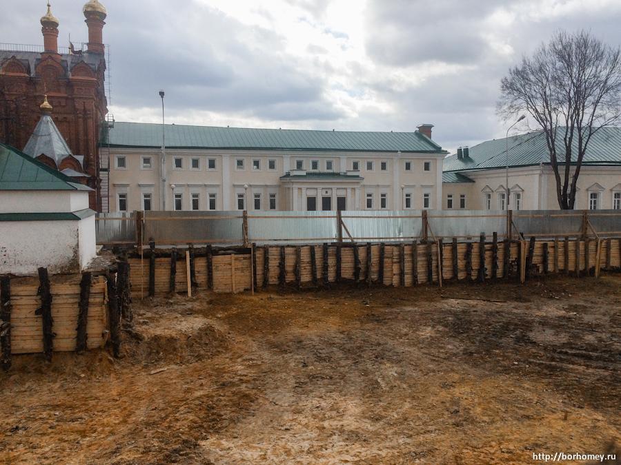 фотографии стройки Успенского собора