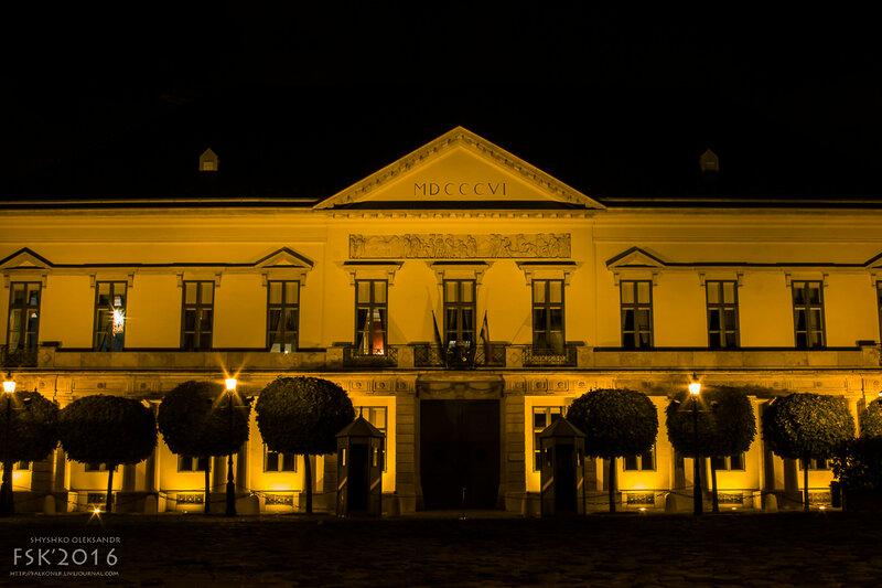 night_budapest-41.jpg