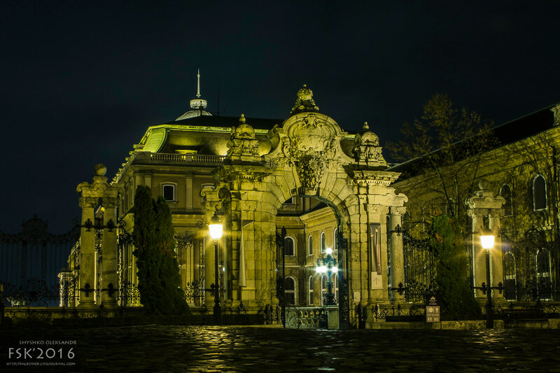 night_budapest-42.jpg