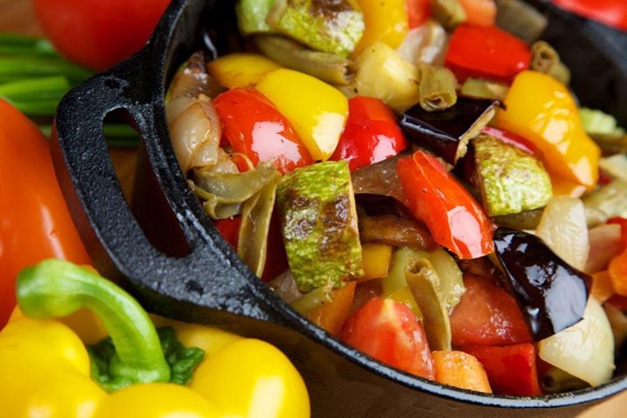 Овощное рагу по молдавски