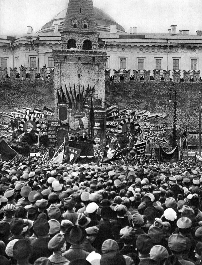 7. 1 мая 1919. Москва