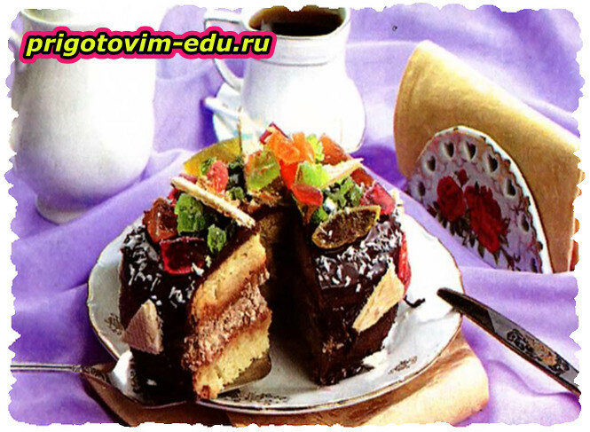 Бисквитный торт с вафельной начинкой