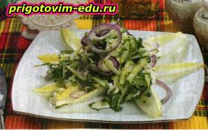 Египетский салат с фетой и зеленью