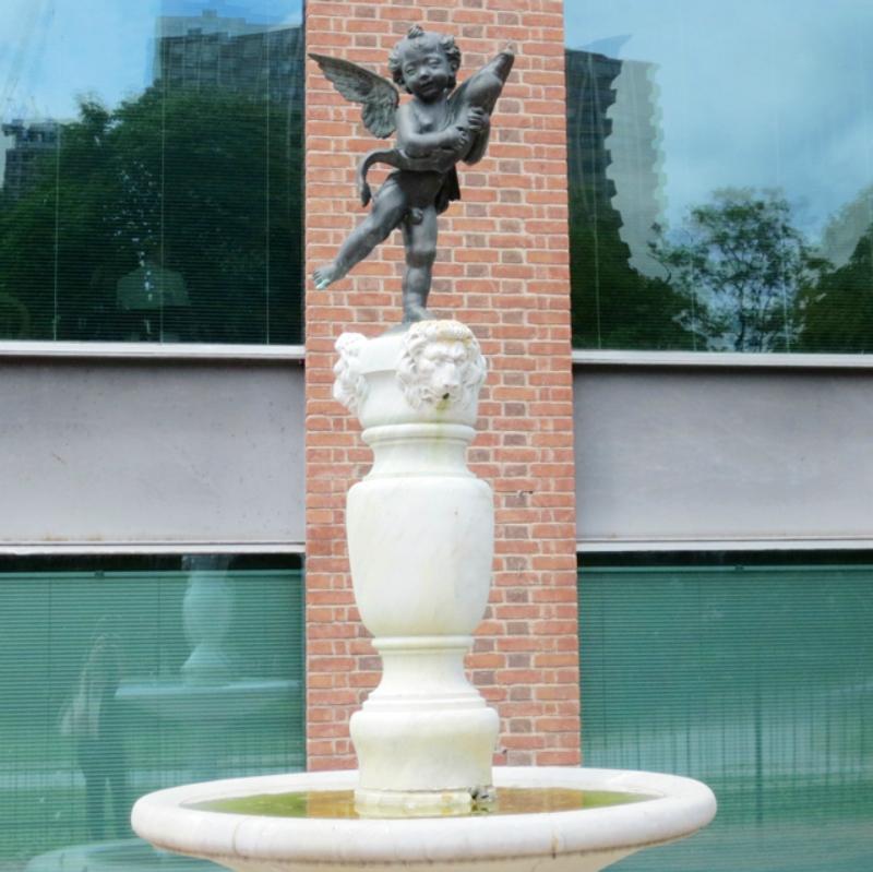 cherub-fountain-behind-ago-toronto-art-gallery-of-ontario.