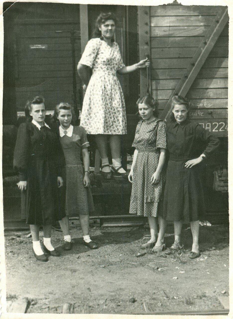 1950-е. Конторские работницы станции Челябинск-Грузовой