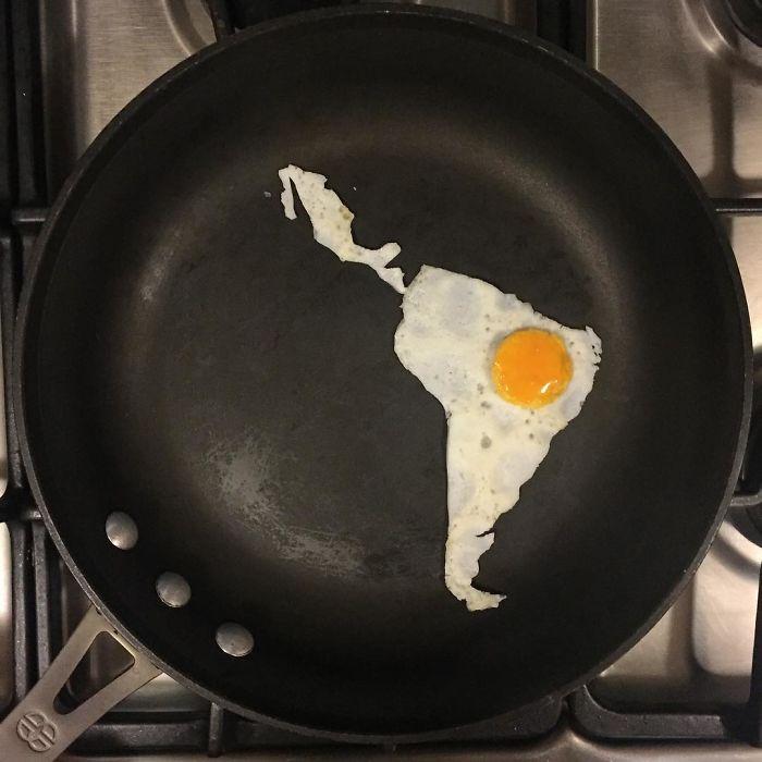 Мексиканка создает произведения искусства из банальной яичницы