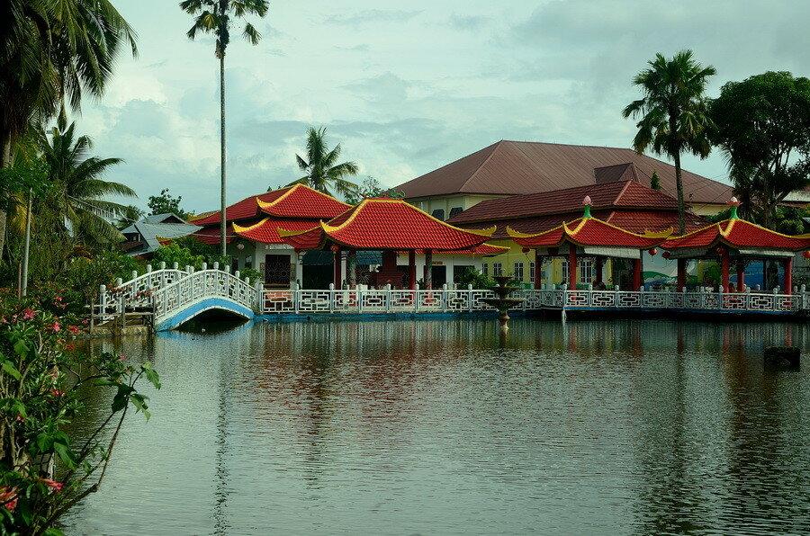 Пагода Город Соронг на Западном Папуа в Индонезии Город Соронг на Западном Папуа в Индонезии 0 1b0fdf 2dcfd8a6 XXL