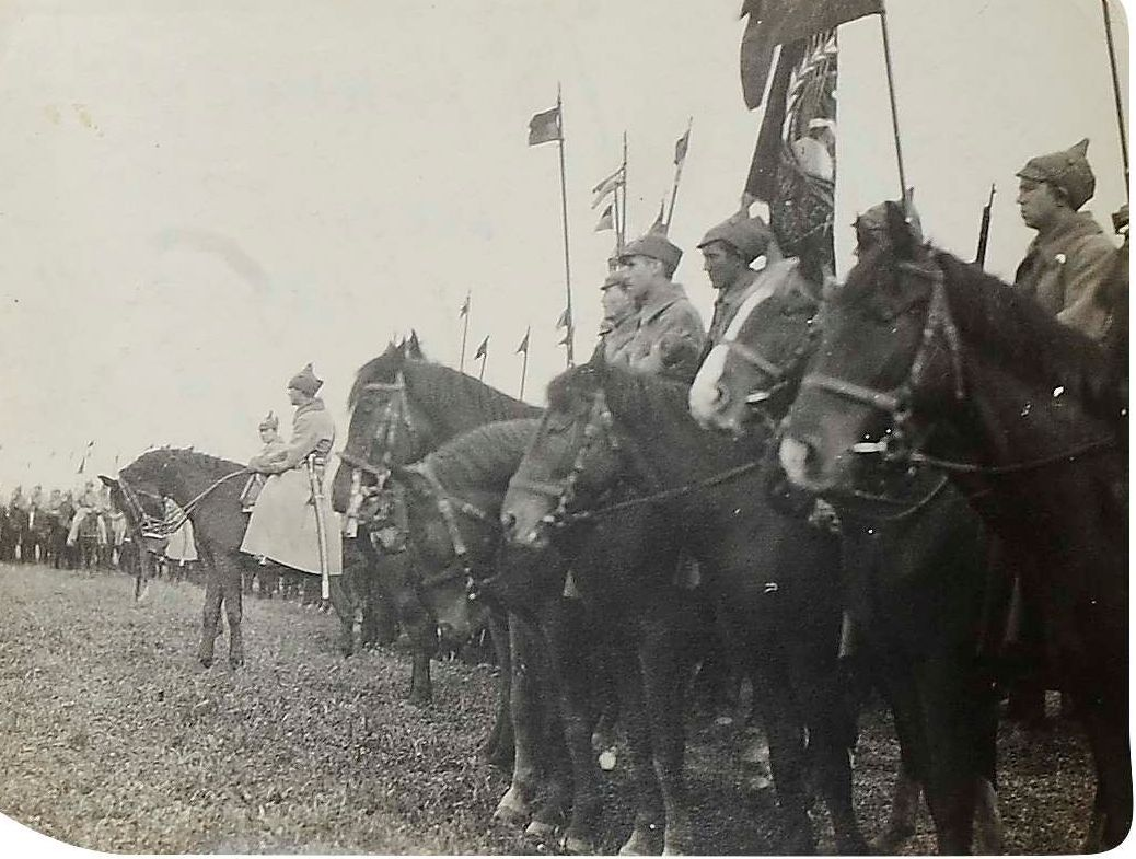 1920. Фото построения частей 1-й Конной армии перед выступлением в польский поход