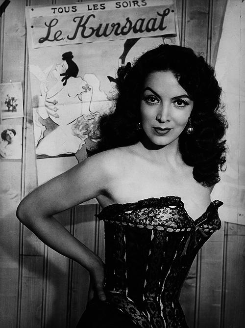 María Felíx in La bella Otero (1954)