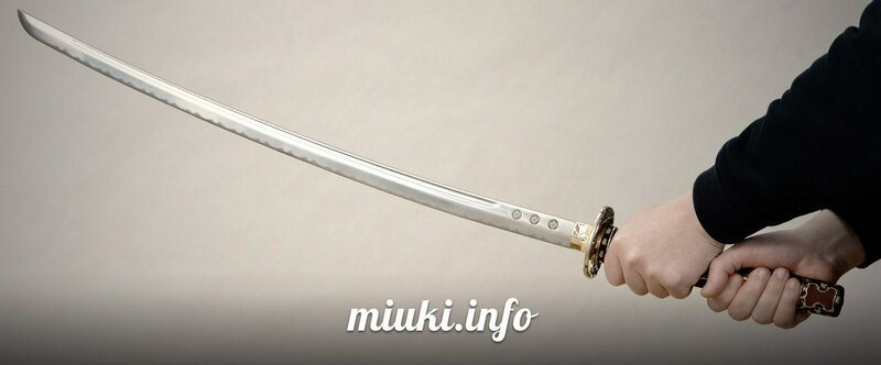 Японский самурайский меч
