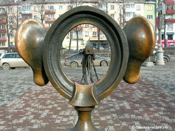 Пермь. Скульптура Пермяк - солёные уши