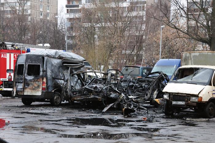 При взрыве «Газели» в столицеРФ пострадали восемь машин