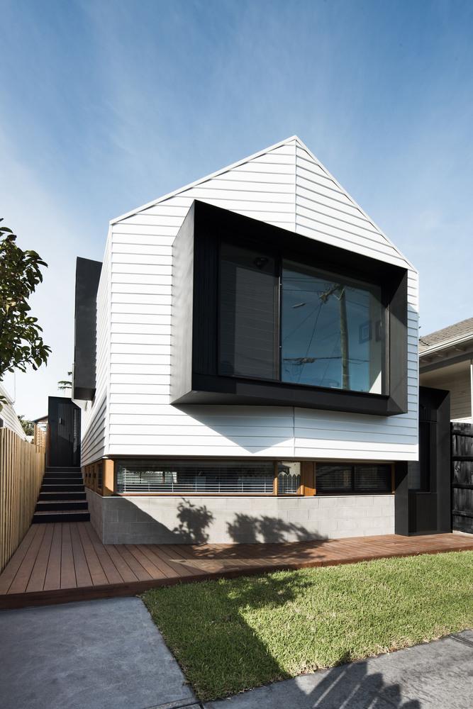 Datum House by FIGR Architecture & Design