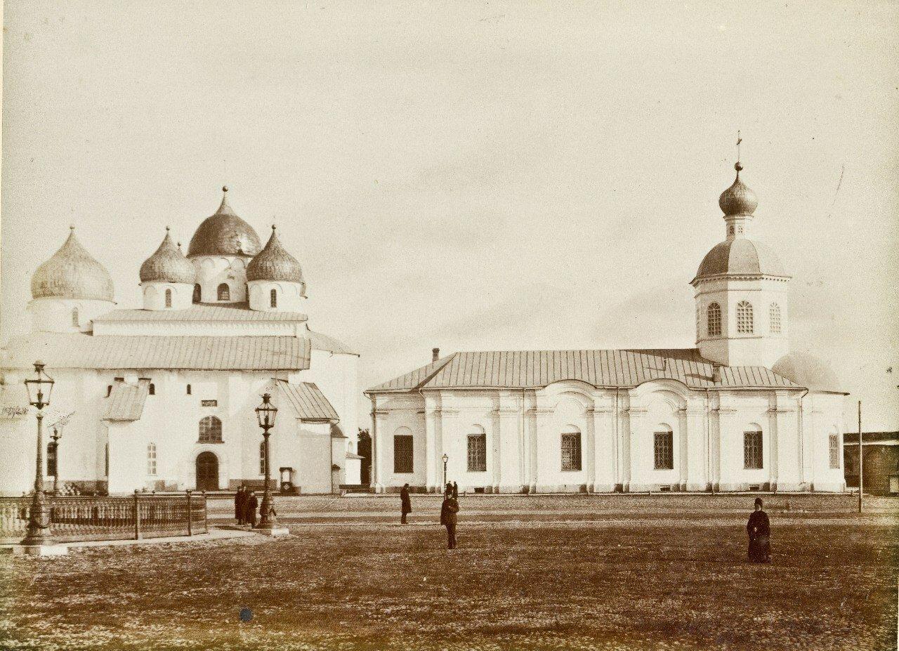 Софийский собор и церковь Входа в Иерусалим
