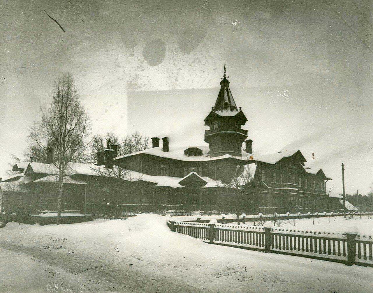 05. Дом хозяина завода, где находилась заводская контора
