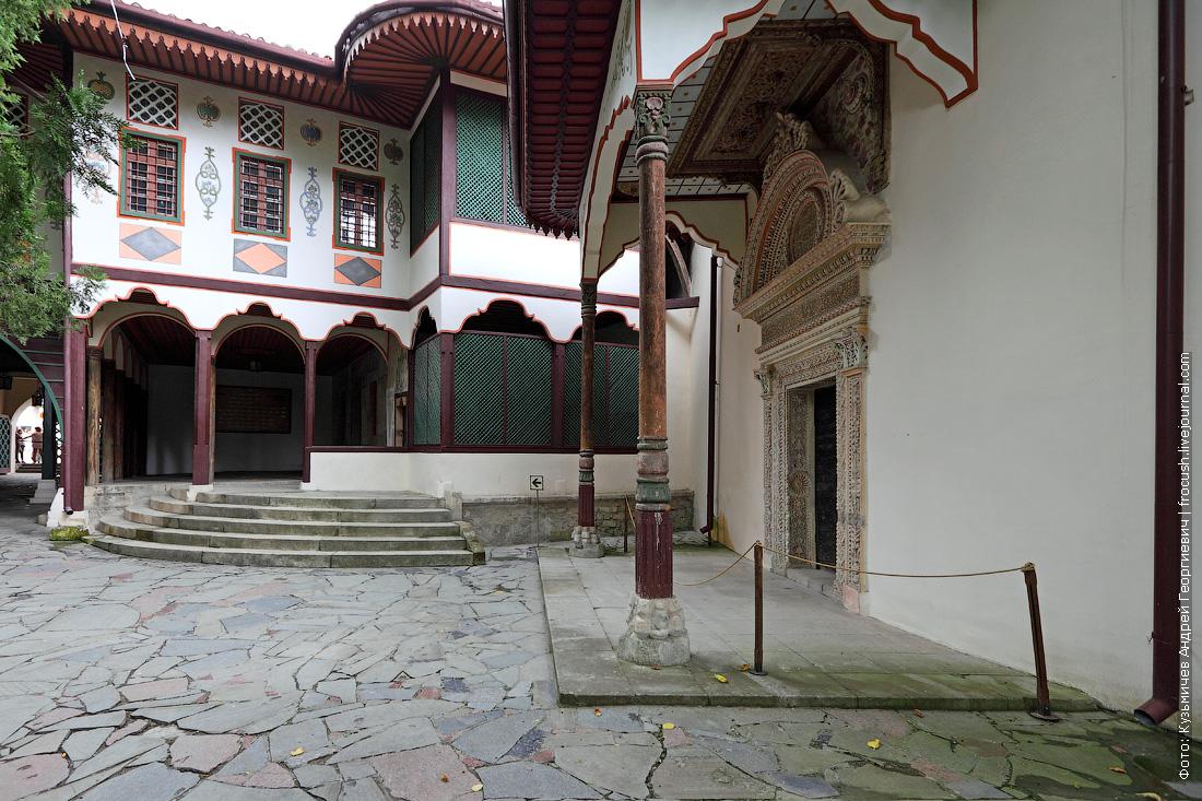 Ханский дворец портал Демир-Капы