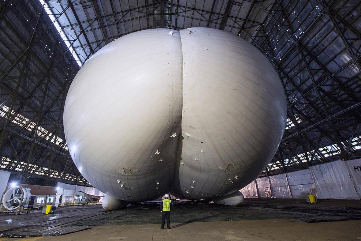Вот это жо…. , а нет, это самое большое воздушное судно в мире