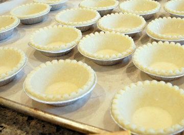 Как приготовить кексы с начинкой