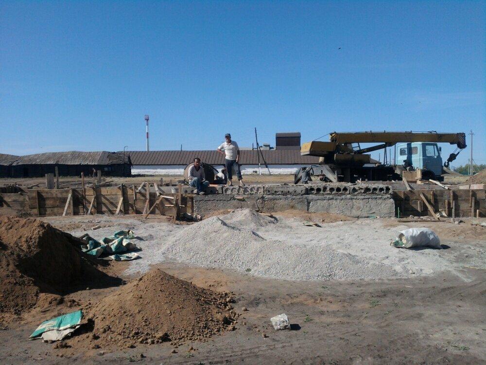 Фундамент будущей церкви (06.03.2014)