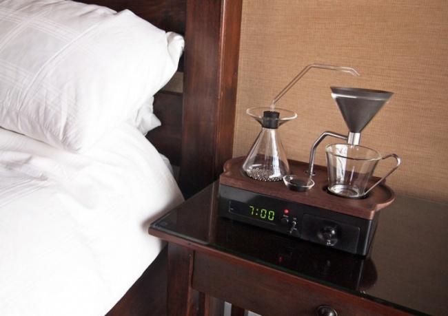 Просыпаться станет намного приятнее, если выпочувствуете запах свежесваренного кофе. Британский диз