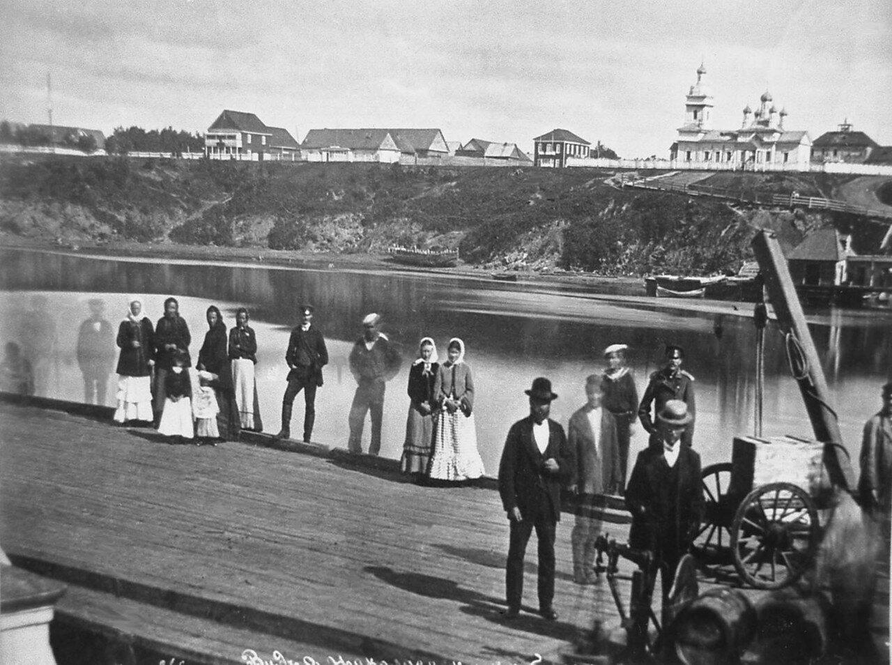 Вид на западную часть города с пристани