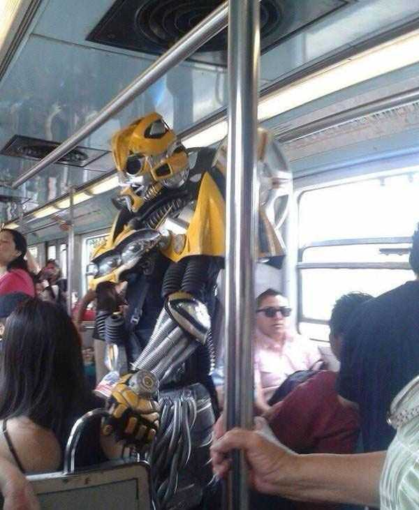 в общественном транспорте подглядывание фото