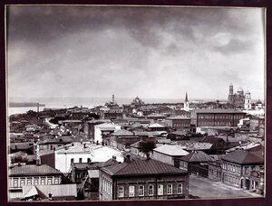 Вид части города с высоты кафедрального собора.