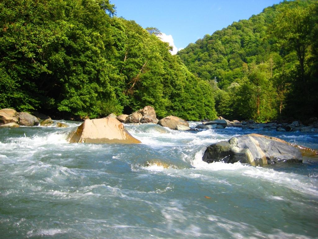 Картинки по запросу Река Мзымта
