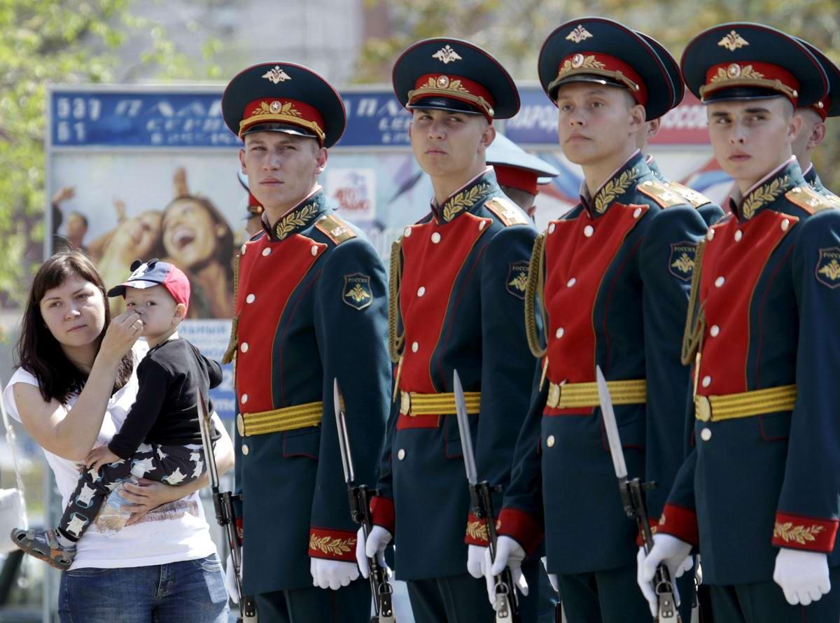 Между правдой и ложью: Про Парад детских войск в Ростове-на-Дону (4)