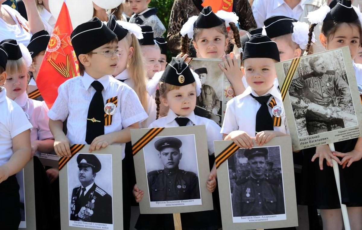 Между правдой и ложью: Про Парад детских войск в Ростове-на-Дону (13)