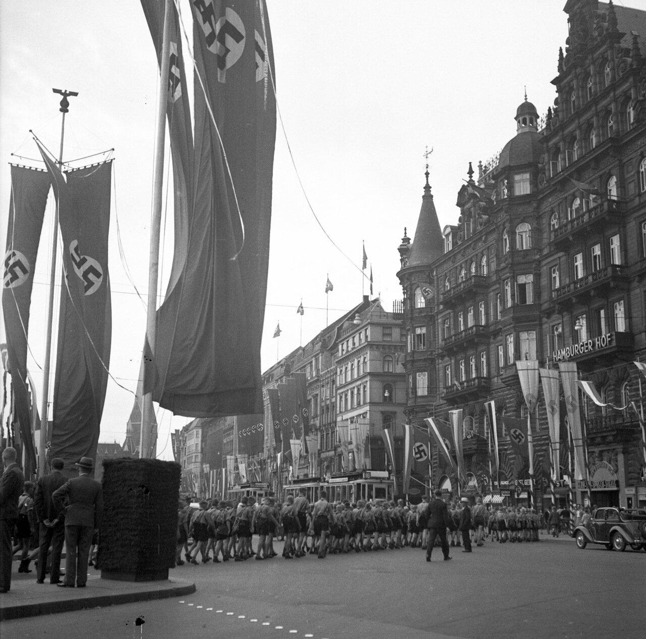 1939. Гамбург, Юнгфернштиг