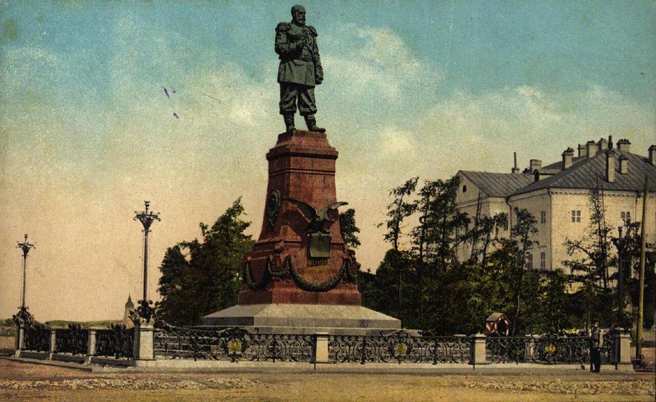 Памятник Александра III