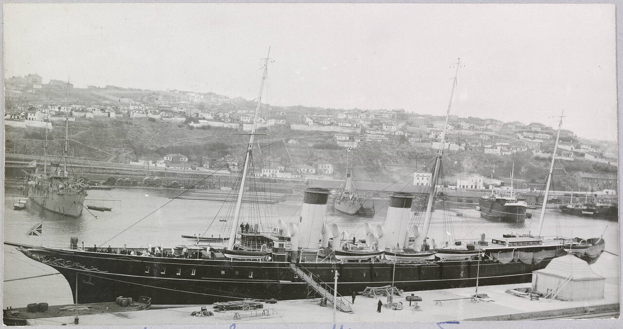 Яхта Штандарт в Севастополе. 1909.