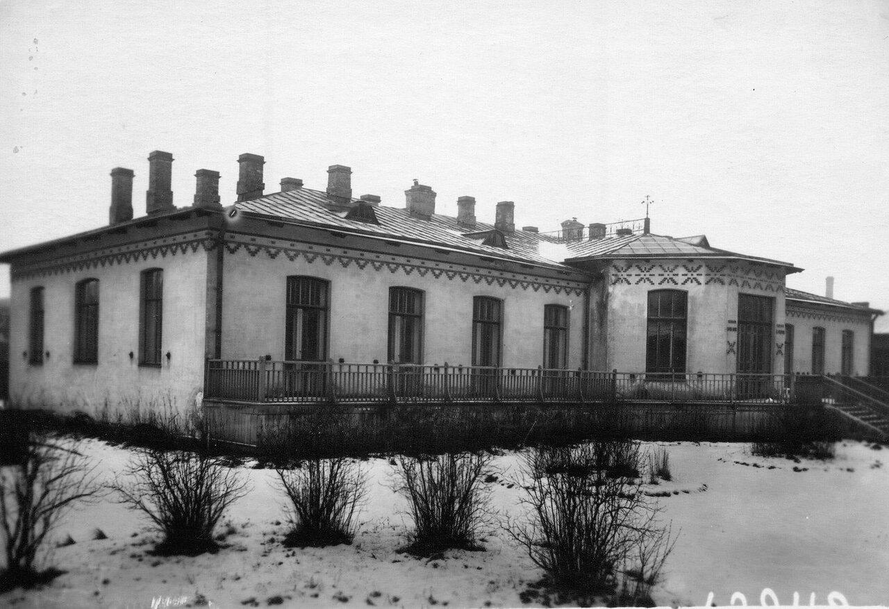 07. Здание гинекологической клиники при женском медицинском институте.  1913
