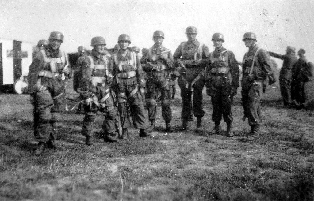 1944 144