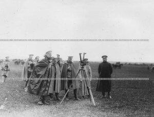 Группа офицеров бригады на стрельбе.