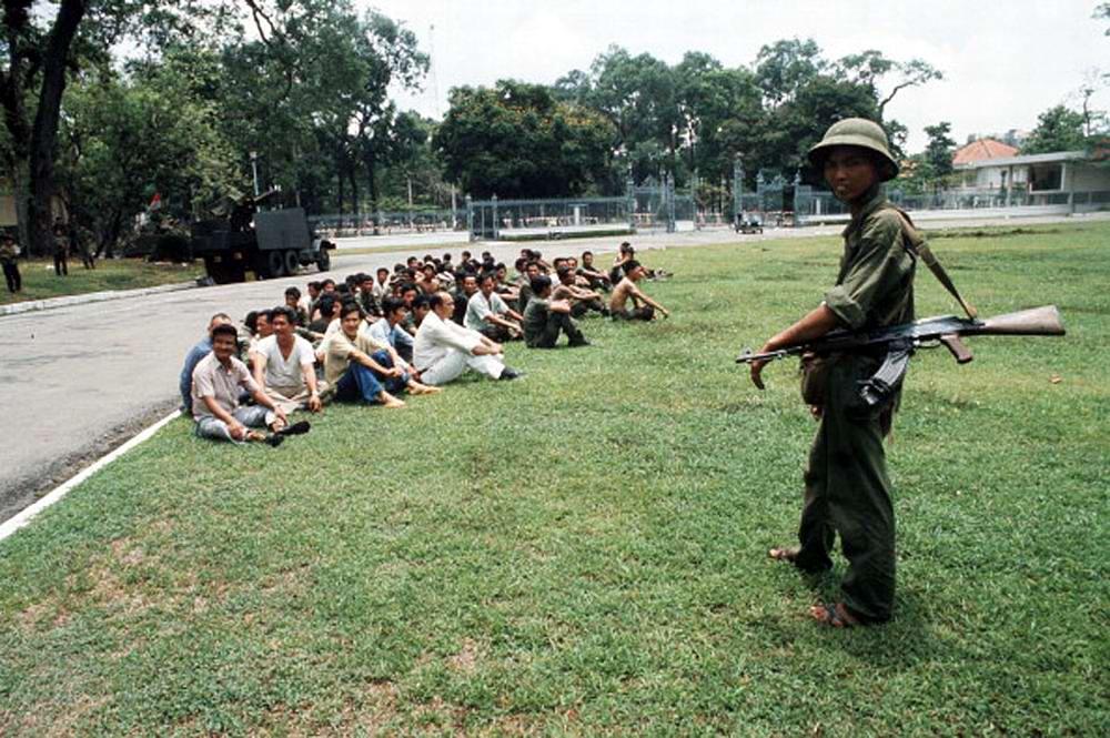 Освобождение Сайгона: как это было! К 40-летию со Дня Победы Вьетнама (США) (28)