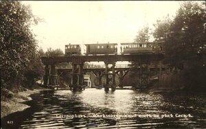 Железнодорожный мост на реке Сестре