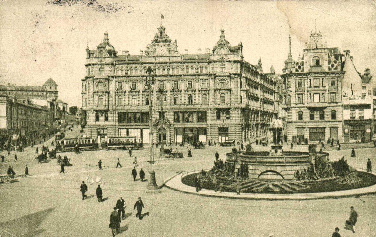 1927. Лубянская площадь