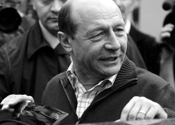 Траян Бэсеску хочет получить молдавское гражданство