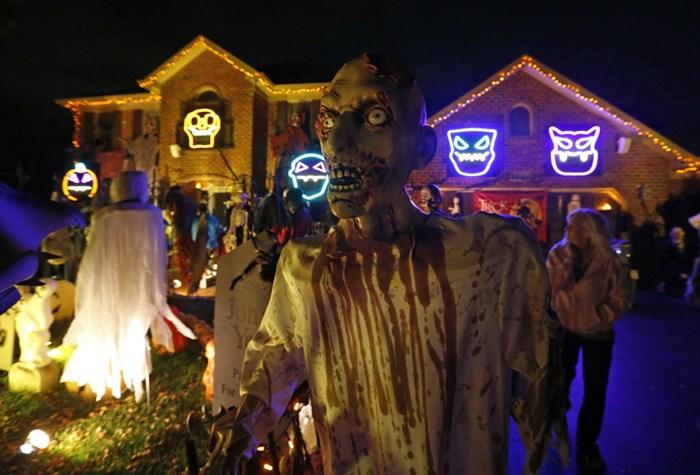 Тыквы и страшные костюмы: мир празднует Хэллоуин 2014 года 0 106ab7 456a35af orig