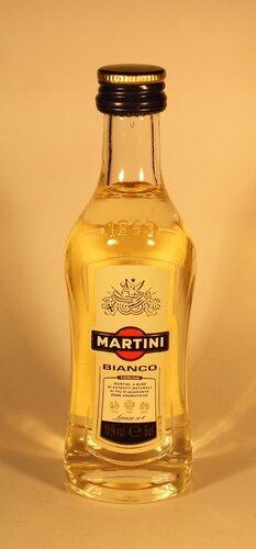 Вермут Martini Bianco Licenza no1